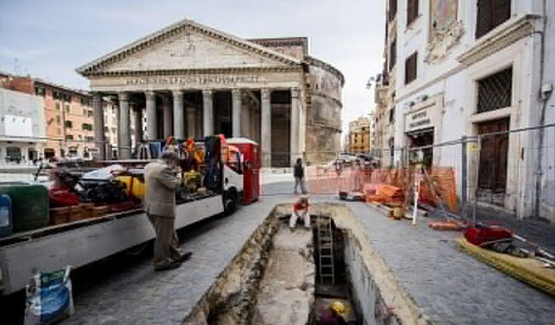 <p> રોમમાં સિંહોલ્સનો ઇતિહાસ નવો નથી. અહીં 100 સિંકહોલ્સનું નિર્માણ 2019 માં કરવામાં આવ્યું હતું જ્યારે 2018 માં તે 175 હતું. & Nbsp; <br /> & nbsp; </p>